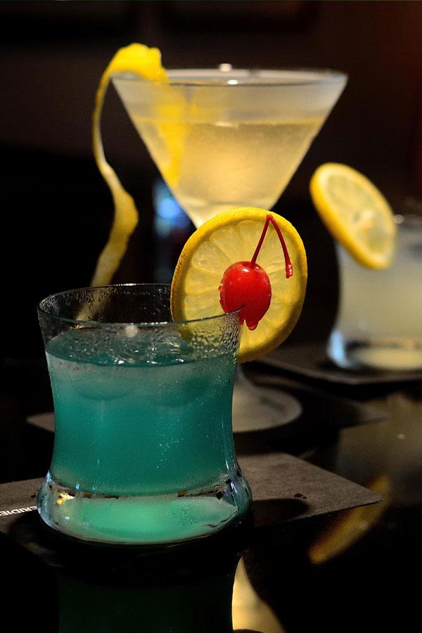 Sombai Blue cocktail Le Méridien Angkor Siem Reap